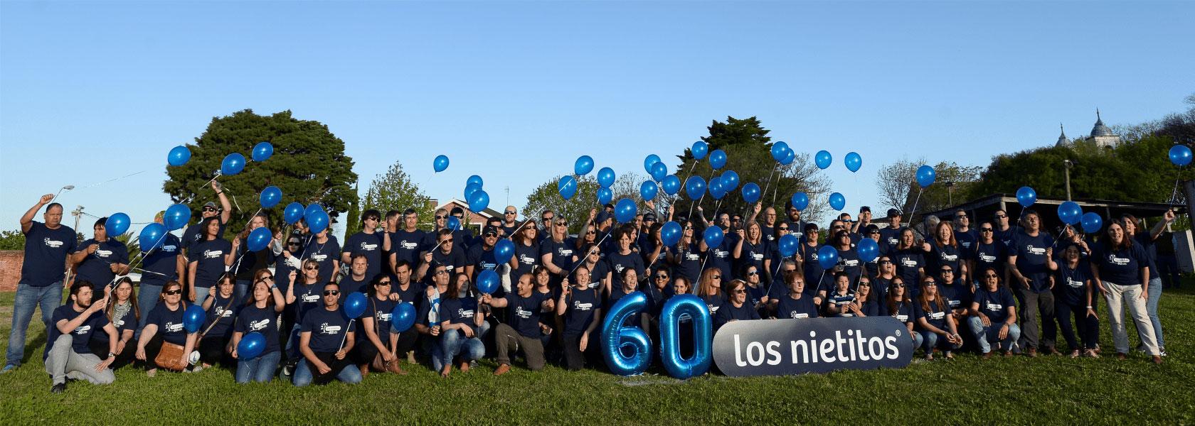 Con un Martin Fierro Gigante, Los Nietitos festejó sus 60 años